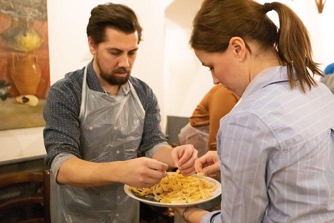 Lesson of fresh egg pasta and ravioli in a historic restaurant