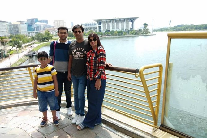 Full-Day 14 Attractions Putrajaya City Tour