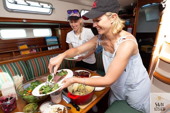 6 Hour Cruise with Island stop over- Gourmet lunch cooked aboard
