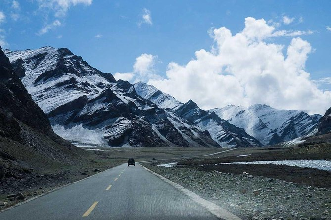 Nepal to Tibet Overland Tour With Everest Basecamp