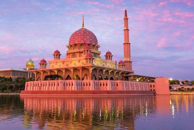 Half-Day Putrajaya 8 Attractions City Tour photo 4