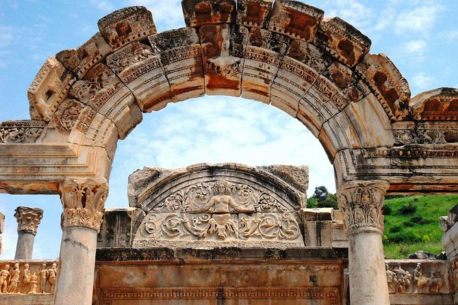 Private Ephesus ,Virgin Mary House and Temple of Artemis Tour photo 2