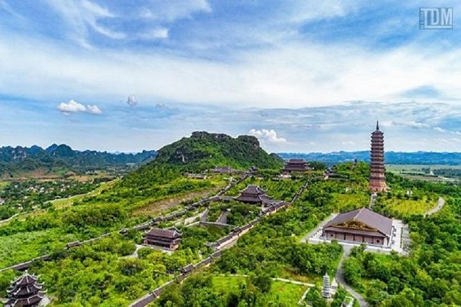Bai Dinh Temple & Chang An Day Tour (Bai Dinh Temple Electric Car (roundtrip), Boat Ride, Lunch included)