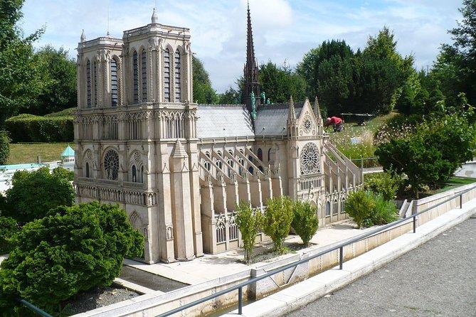 Private tour to France en Miniature Park from Paris. Best offer!