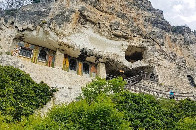 One day private tour to Bulgaria Basarbovo Tsarevets Veliko Tarnovo