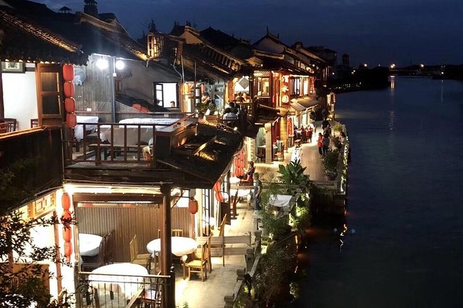 Shanghai Private Tour to Zhujiajiao Ancient Town with Local Lunch photo 4