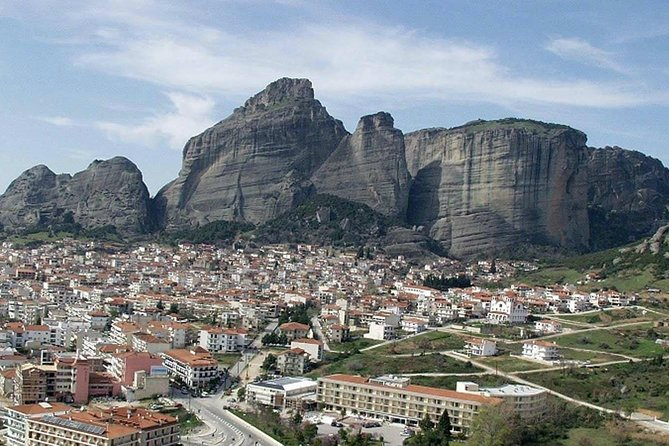 Athens: Meteora – Thermopylae, Private Tour (per group 1 to 7 per)