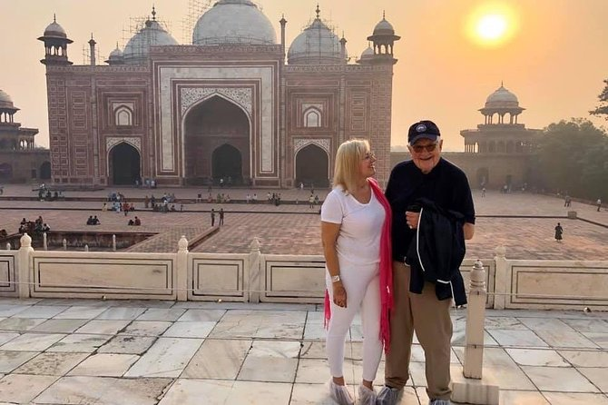 Day tour to Taj Mahal & Agra fort from Delhi,5 star hotel lunch included . photo 73