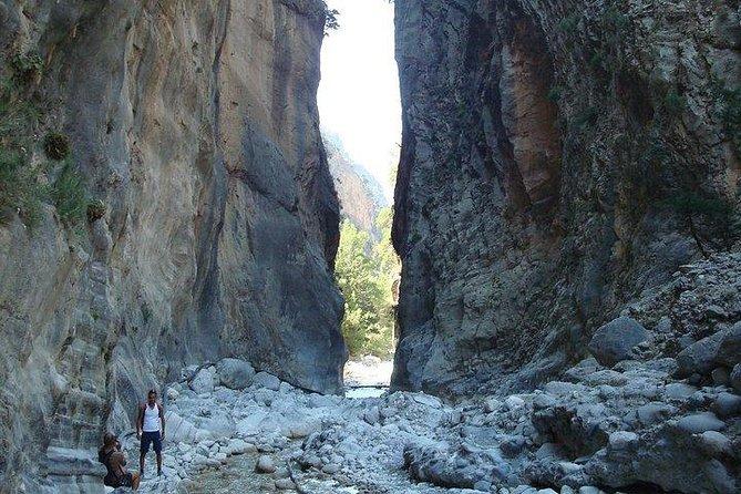 Samaria gorge hiking tour