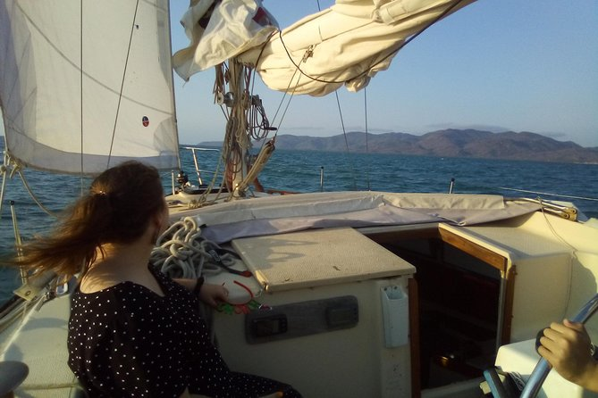 Sailing boat overnight live aboard experience Townsville