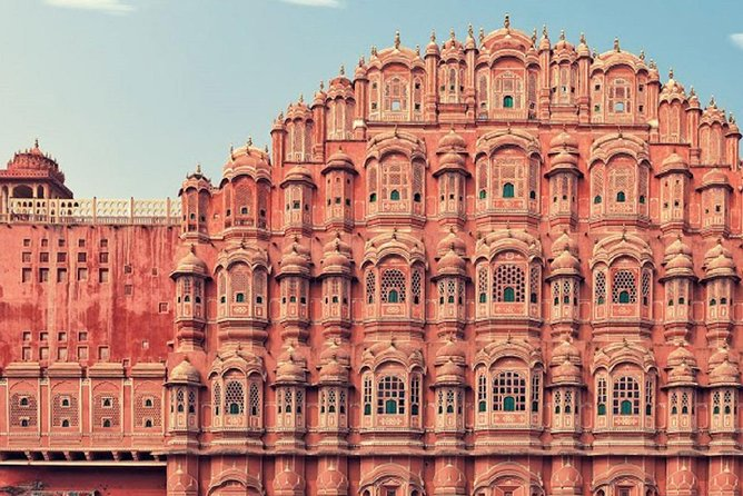 The Hidden Local Treasures of Jaipur (2 Hours Guided Walking Tour)
