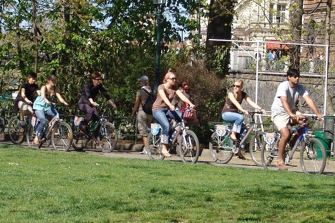 Beer garden and Prague's parks bike tour