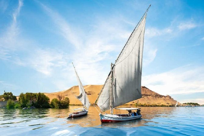 Pyramids and Sphinx Tour with River Nile Boat Cruise