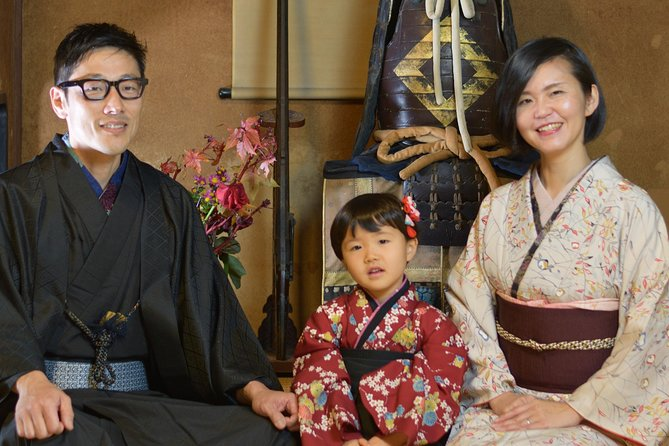 Experience dressing your own kimono! With photo shooting in old private house