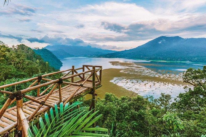 Bali Trekking: Twin Lakes, Handara Gate & Ulun Danu Bratan – Full Day