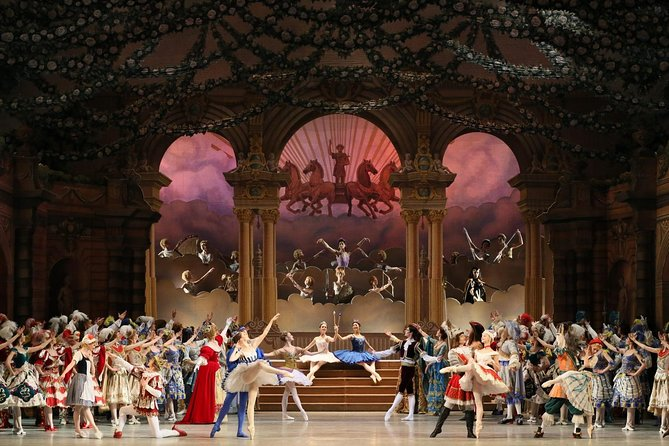 Skip the Line: St. Petersburg Mariinsky Theatre Reserved Ticket