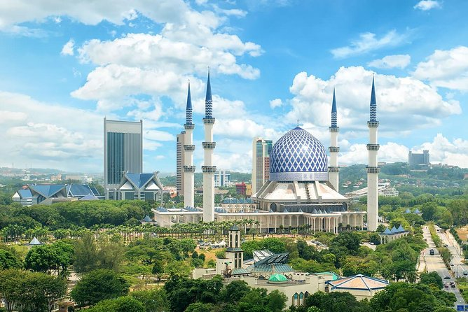 Blue Mosque And Batu Caves Tour