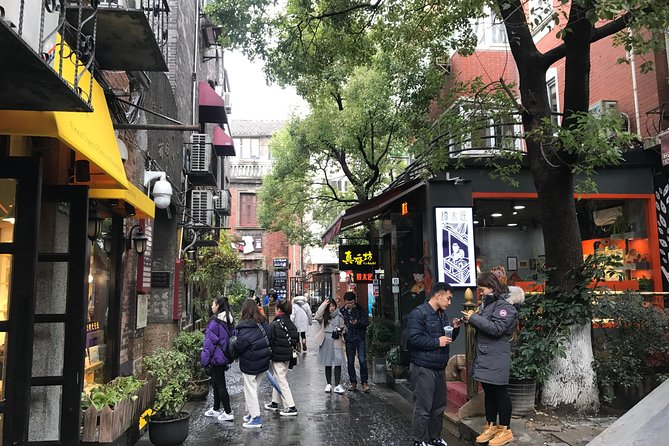 Shanghai Private Walking Tour - Experience the Local Lifestyle and History photo 6
