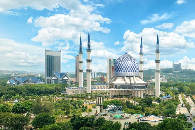 Blue Mosque And Batu Caves Temple Tour