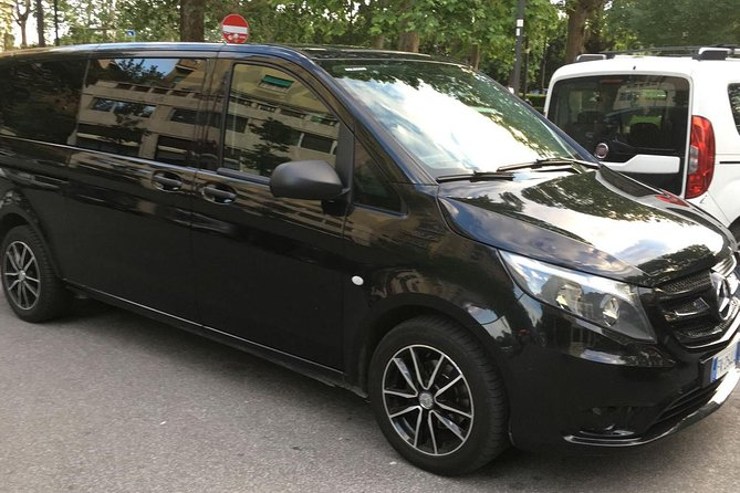 Transfer from Ciampino airport to Rome center with minivan