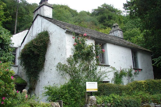 Discovering William Wordsworth: Private, Full Day Tour for 4
