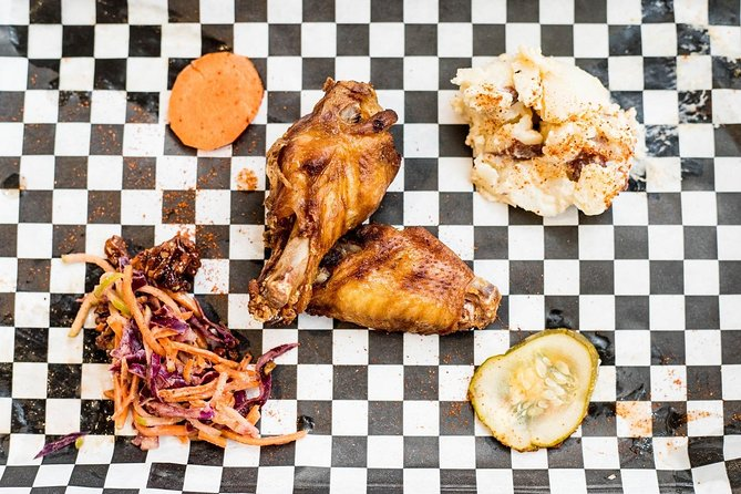 3-Hour Secret Food Tour in Charleston w/ Private Tour Option