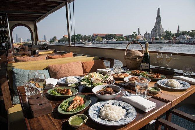 Elegante crociera con cena a Bangkok con pasto tailandese a 6 portate da Supanniga Cruise