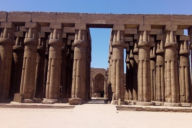 Luxor trip private from Hurghada (luxor temple, valley of queens & memnon)