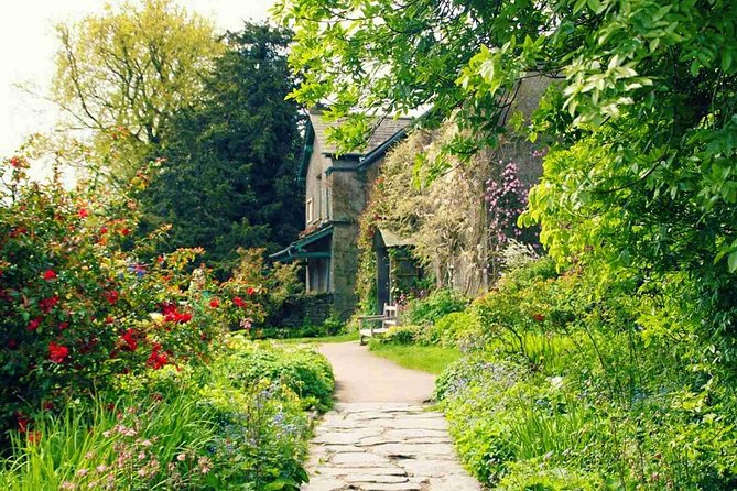 Private Tour: Beatrix Potter: Full Day All-Inclusive Tour with an Expert Guide