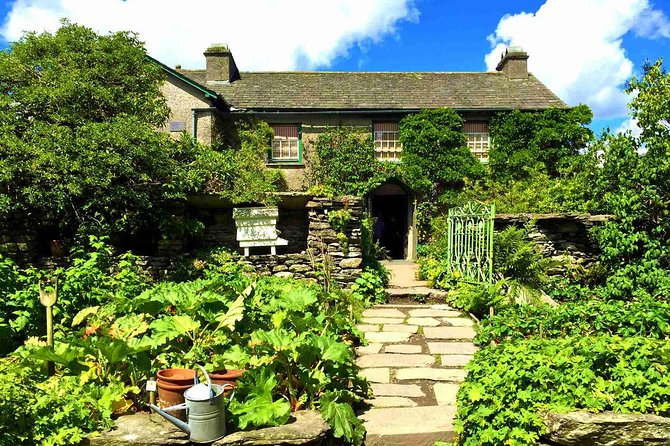 Private Tour: Beatrix Potter Afternoon Half Day All-Inclusive Tour with Expert