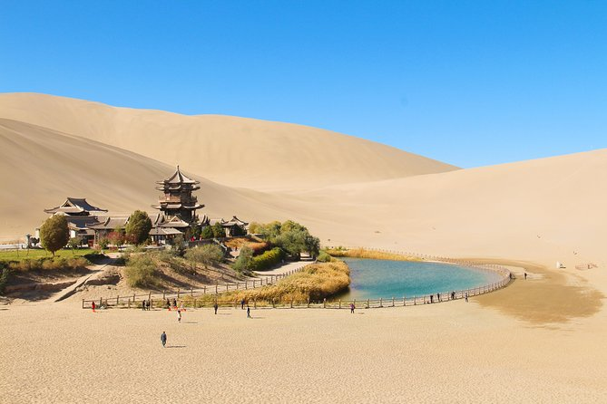 5 Days China Silk Road -Dunhuang Art & Dersert In-depth Tour (5-star hotel)
