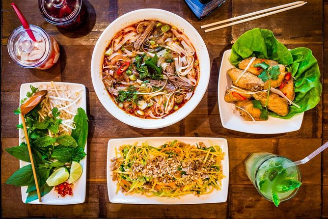 Hanoi street food tour (small group)