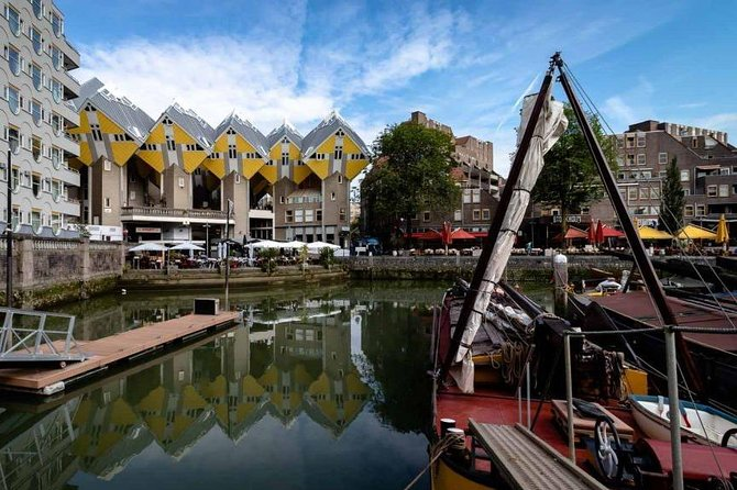 Rotterdam Highlights Private Walking Tour