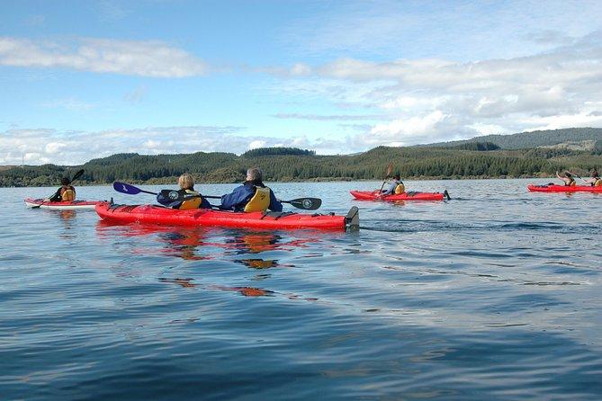 Lake Rotoiti Guided Hot Pools Kayak Trip