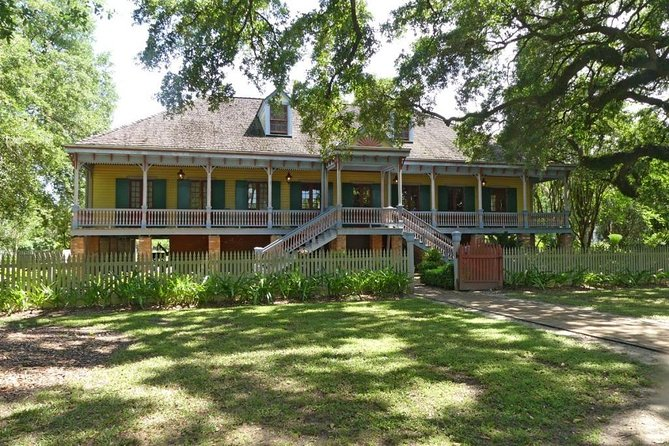 New Orleans Plantation Tour with Transportation
