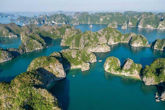 Lan Ha Bay - Ha Long Bay