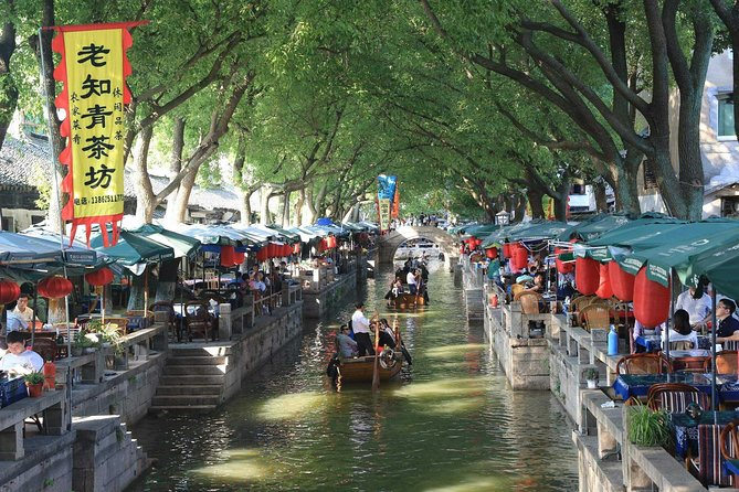 Shanghai to Suzhou and Zhouzhuang Self-Guide Trip with Private Transfer