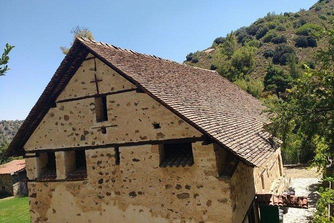 Old Kakopetria & Agios Nicolaos tis Stegis UNESCO church (from Lim)
