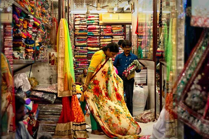New Delhi Private Shopping Tour By Car