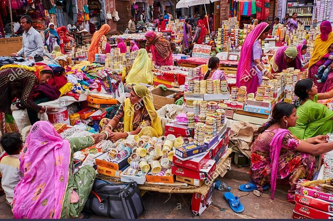 New Delhi Private Shopping Tour By Car photo 2