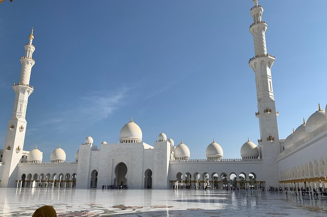 Abu Dhabi City Sightseeing Tour with Sheikh Zayed Grand Mosque photo 1