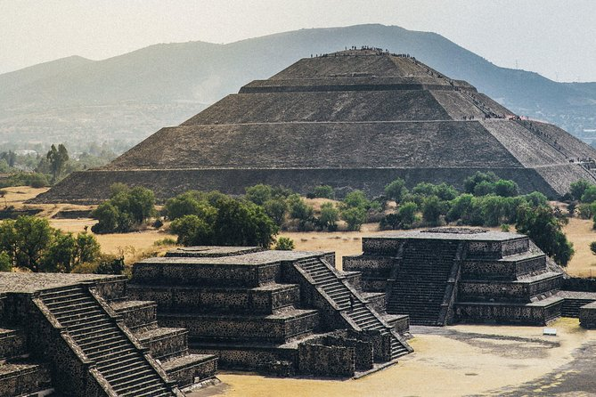 Teotihuacan Pyramids and Shrine of Guadalupe with lunch ⭐Concierge Service⭐