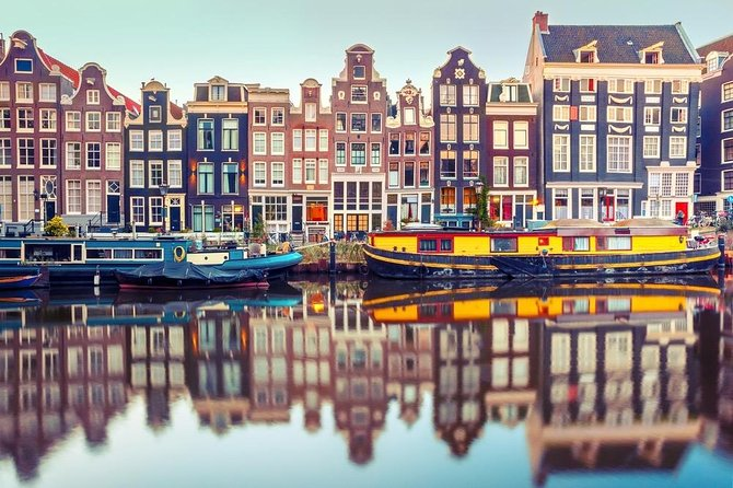 Ultra - Amsterdam sightseeing tour - private vehicle with EN speaking driver