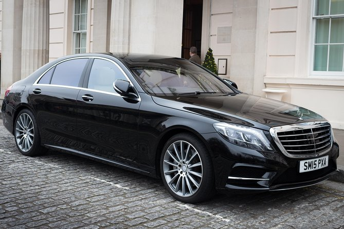 Private airport transfer in London Sedan car photo 7