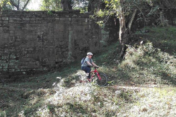 Angkor Wat Bicycle Tour