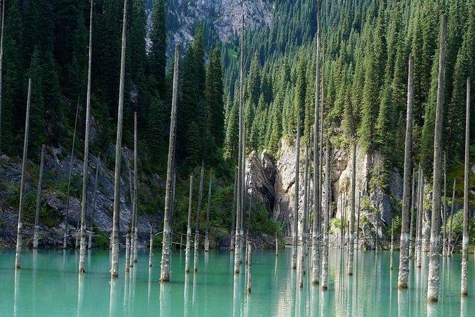 Kaindi Lake