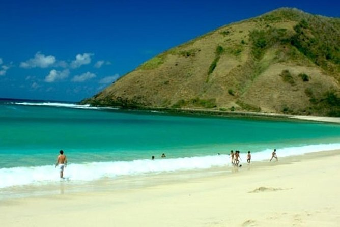 2D/1N (Hotel) Lombok Tour Package