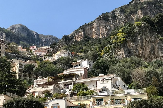 From Rome: Private and door to door transfer to Positano with stop in Pompeii