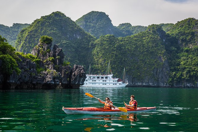 Ha Long Premium Cruise- Full Day with Expressway-Lunch-Explore Cave-Titop Island photo 6