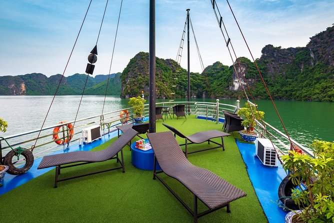 Ha Long Premium Cruise- Full Day with Expressway-Lunch-Explore Cave-Titop Island photo 4